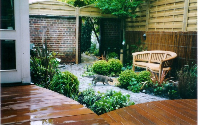 Courtyard landscape ideas for Front yard courtyard design