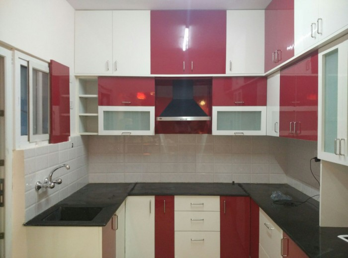 10 beautiful modular kitchen ideas for indian homes for Kitchen furniture design photos