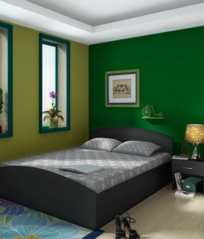 simple bedroom design with queen size bed